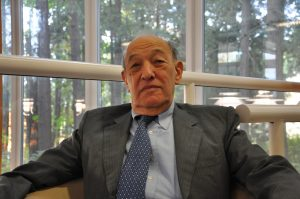 Interview with Ezra Vogel on Deng Xiaoping's Role in International Relations (Part 3/3)