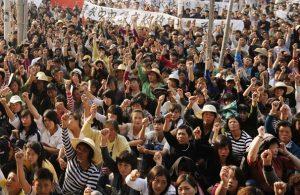 Protesters in Wkan Village, Guangdong, China, 2011 (Source: Washington Post)