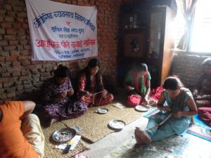 Jewelry training offered to Dalit and Janajati women by Ms. Rijal, with the financial help of the Dalit Welfare Organization in Dhapakhel, Lalitpur district (Source: Xue-Rong Jia).